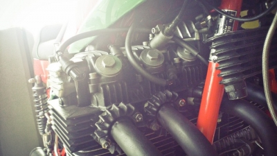 Benelli 900 SEI Six Carb Conversion